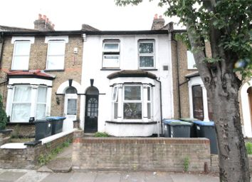 Thumbnail 3 bed property for sale in Kings Road, London