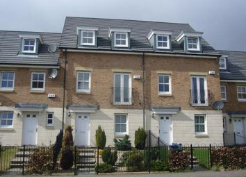 Thumbnail 4 bed town house to rent in Leyland Road, Bathgate