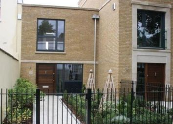 Thumbnail 2 bed town house to rent in Barnsbury Park, London