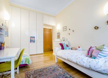 Thumbnail 3 bed flat for sale in Tudor Street, Blackfriars