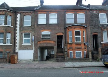 Thumbnail 2 bed flat to rent in Clarendon Road, Luton