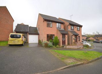 Thumbnail 3 bed detached house to rent in Hawkridge, Northampton