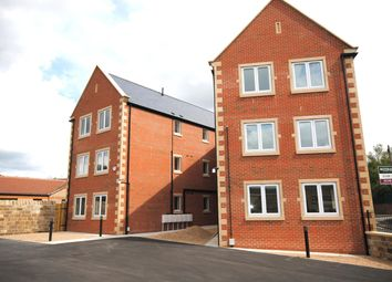 Thumbnail 2 bedroom flat to rent in Station Road, Barrow Hill, Chesterfield