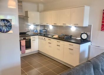 Thumbnail 2 bed flat to rent in Kingston Road, Ewell, Epsom