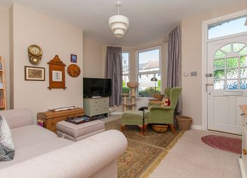 Thumbnail 2 bed flat to rent in Faraday Road, London