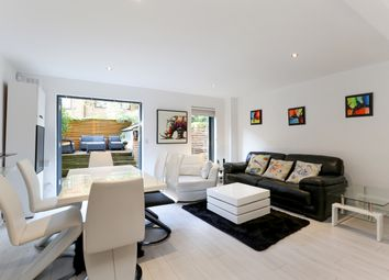 Thumbnail 2 bed flat to rent in St. Ervans Road, London