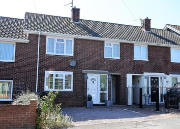Thumbnail 3 bed terraced house for sale in East Avenue, Grantham