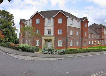 2 bed property to rent in Denning Mead, Andover SP10
