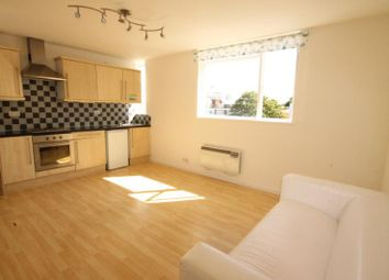Thumbnail 1 bed flat to rent in Rayners Road, Putney