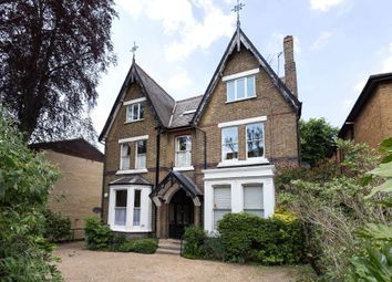 Thumbnail 2 bed flat to rent in Woodside Park Road, London