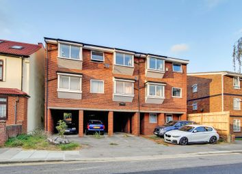 Newhaven Court, Seaford Road, Enfield EN1. 1 bed flat