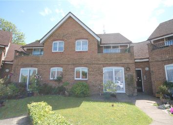 Thumbnail 2 bedroom flat for sale in Lordsgrove Close, Tadworth