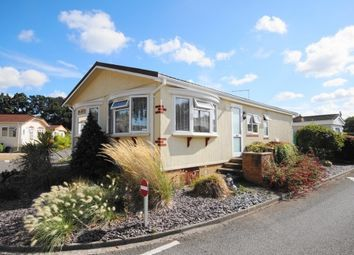 Thumbnail 2 bed mobile/park home for sale in East Drive, Oaktree Park, St. Leonards, Ringwood