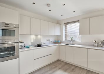 Thumbnail 4 bed detached house for sale in Bryanstone Road, Waltham Cross