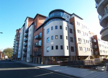 Thumbnail 1 bedroom flat to rent in Lower Canal Walk, Southampton