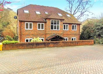 Thumbnail 1 bed flat to rent in Stable Close, Burghfield Common, Reading
