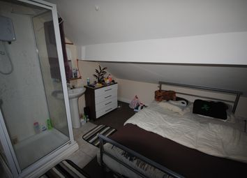 Thumbnail 2 bedroom terraced house to rent in 68 Victoria Road, Hyde Park