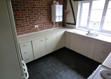 Thumbnail 3 bed flat to rent in Alfred Road, Gravesend