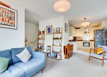 2 bed maisonette for sale in Hastings Road, London E16