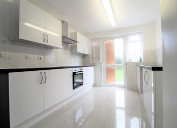 Thumbnail 3 bed maisonette to rent in Fairholme Crescent, Hayes