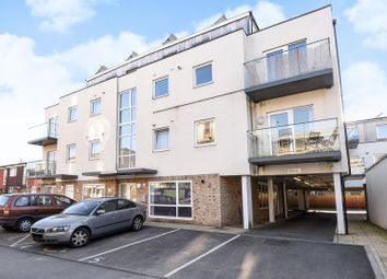 Thumbnail 2 bed flat to rent in Paragon Grove, Berrylands, Surbiton