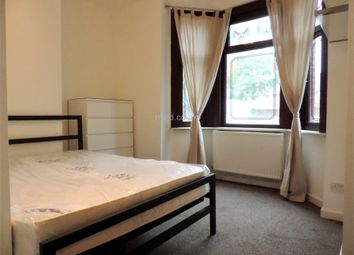 Thumbnail Room to rent in (Room1) Elbury Drive, Royal Docks, London