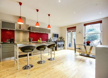 4 bed end terrace house for sale in Parham Way, London N10