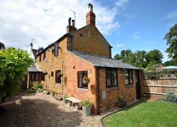 Thumbnail 3 bed cottage for sale in Brook Lane, Northampton