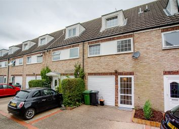 Northleigh Close, Loose, Maidstone, Kent ME15. 3 bed terraced house