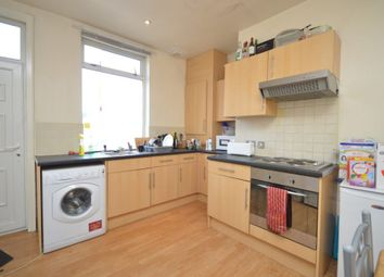 Thumbnail 6 bed shared accommodation to rent in Delph Lane, Leeds