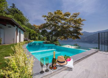 Thumbnail 5 bed villa for sale in Villa Vista, Moltrasio, Como, Lombardy, Italy