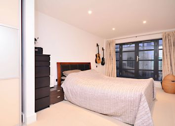 Thumbnail 1 bedroom flat to rent in Hatton Place, Holborn