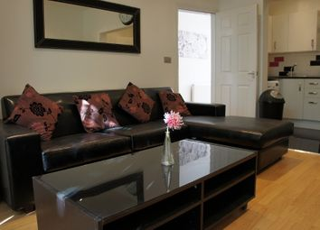 8 bed terraced house to rent in Albion Road, 8 Bed, Fallowfield, Bills Included, Manchester M14