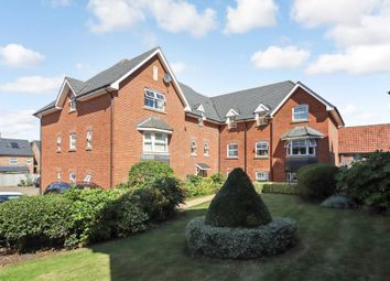 Thumbnail 2 bed flat to rent in Popes Court, Western Road, Tring