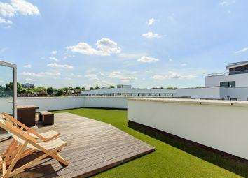 Thumbnail 2 bed flat for sale in 73A Drayton Park, London