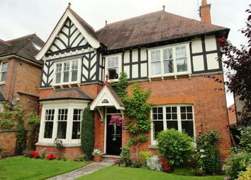 Thumbnail 5 bed detached house to rent in Worcester Road, Malvern