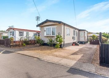 Thumbnail 1 bed mobile/park home for sale in Enfield Court, Eye, Peterborough, Cambridgeshire