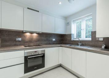 Thumbnail 2 bedroom flat to rent in Abbeydale, Close, Welwyn Garden City