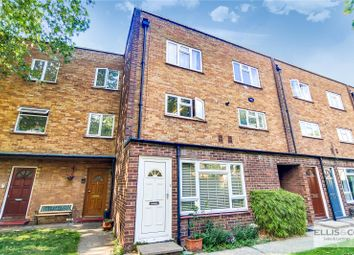 2 bed maisonette for sale in Clifden House, Windmill Road, Brentford TW8