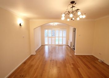 Thumbnail 5 bed property to rent in Tall Elms Close, Bromley