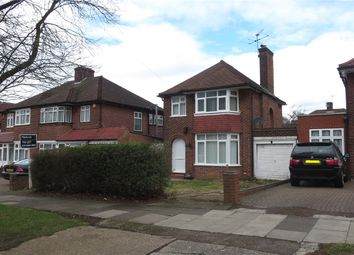 Thumbnail 3 bed detached house to rent in Beverley Drive, Edgware