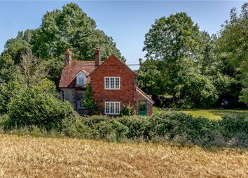 Thumbnail 3 bedroom detached house for sale in Okehurst Road, Billingshurst, West Sussex