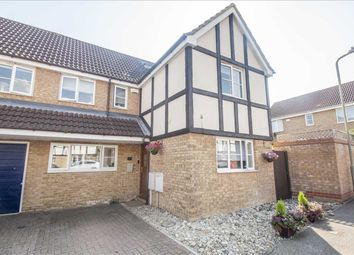 Acorn Close, Park Farm, Kingsnorth, Ashford, Kent TN23. 5 bed semi-detached house