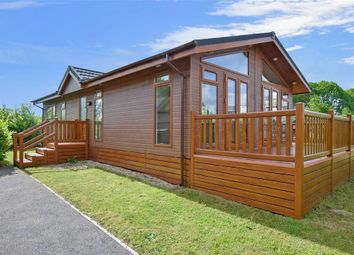 Thumbnail 2 bed mobile/park home for sale in Wateringbury Road, East Malling, Kent