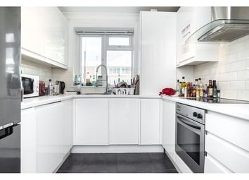 Thumbnail 3 bed flat to rent in Dagnall Street, Battersea And Clapham, London