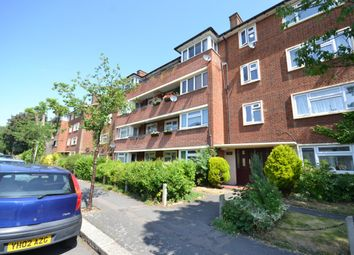 Thumbnail 2 bedroom flat to rent in Higham Road, Woodford Green