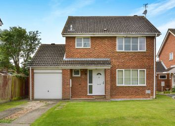 Thumbnail 3 bed detached house for sale in Gladstone Close, Newport Pagnell