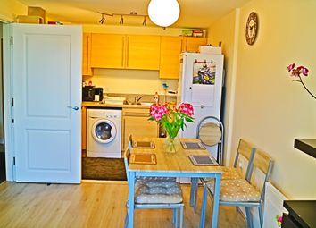 2 bed flat for sale in Yeoman Close, Ipswich IP1
