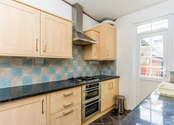 Thumbnail 2 bed flat to rent in Acton Lane, Chiswick