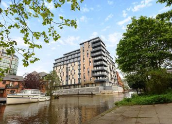 Thumbnail 1 bed flat for sale in Kennet House, Kings Road, Reading